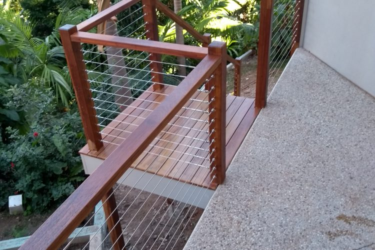 Merbau/Kwila Handrail and Stainless Steel Wire Balustrade – Balmoral